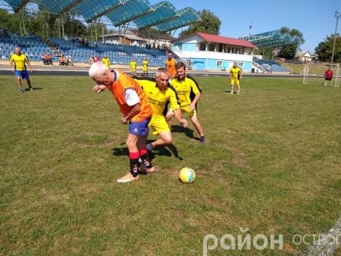 Боротьба між ФК «Острог» і ФК «Оженин