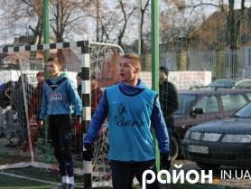 Віталій Груша на передньому плані