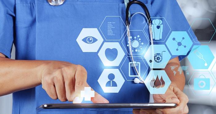 Упродовж літа триватиме перехідний період впровадження електронних лікарняних