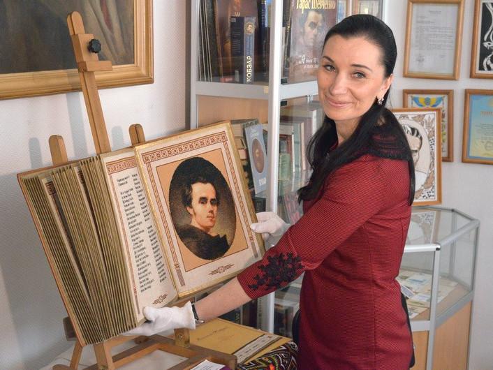 Олена Медвєдєва