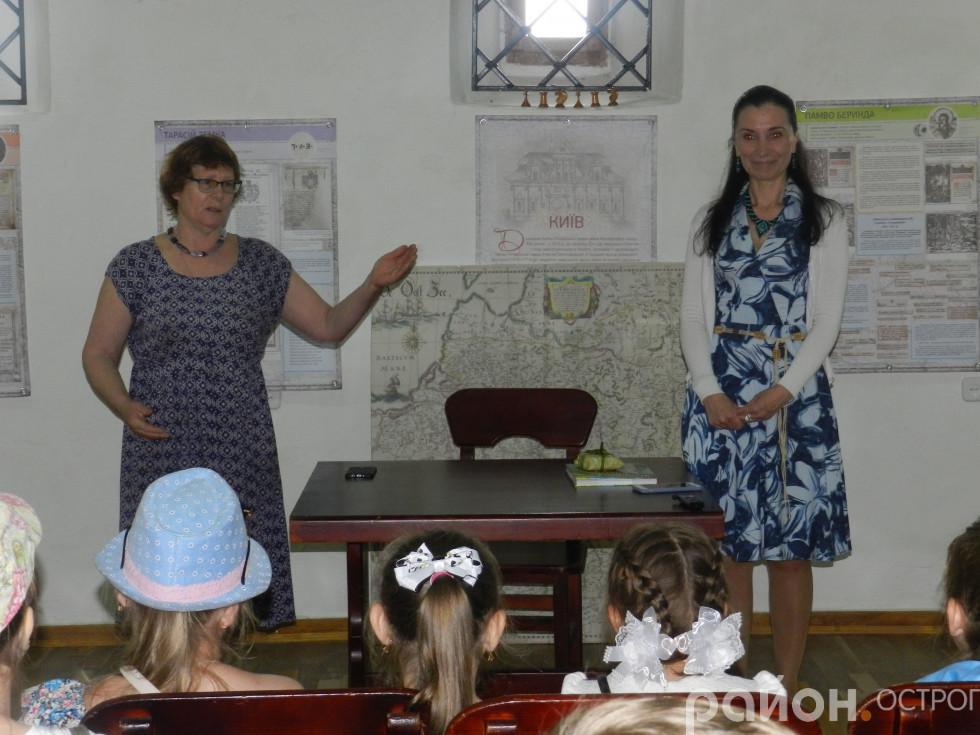Світлана Позіховська та гостя Олена Медвєдєва