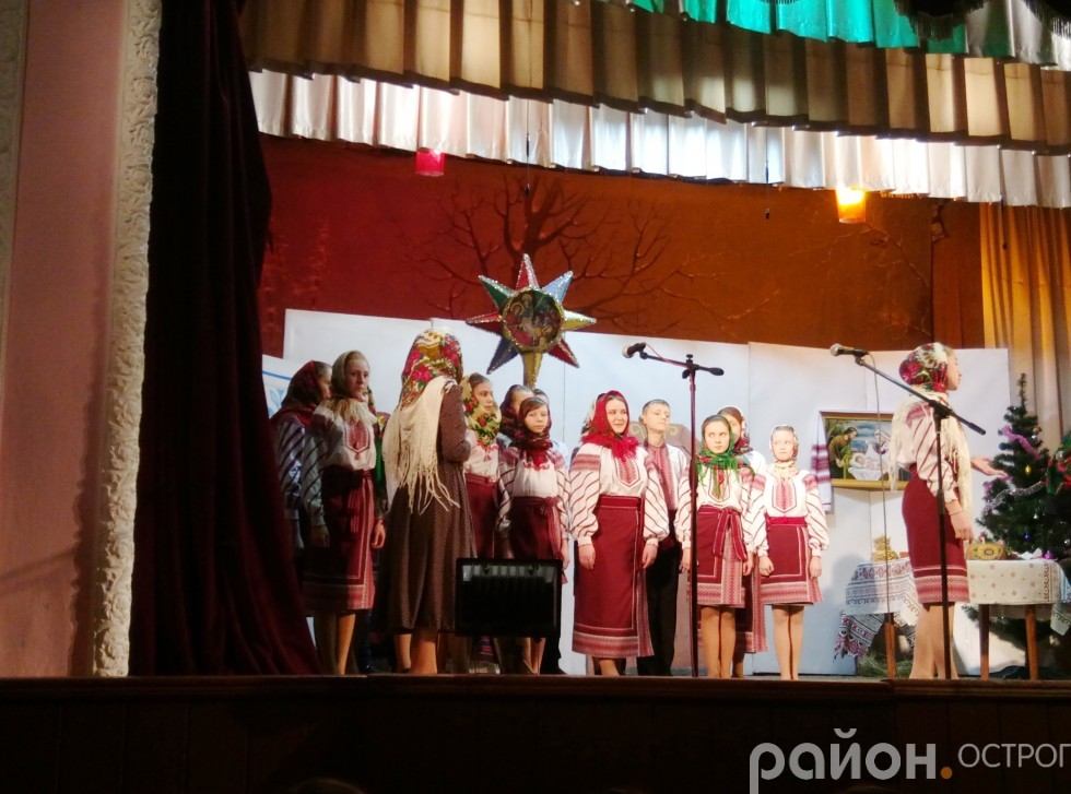 вихованці недільної школи Свято-Воскресенської церкви