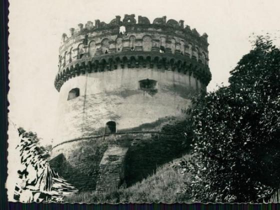 Кругла вежа