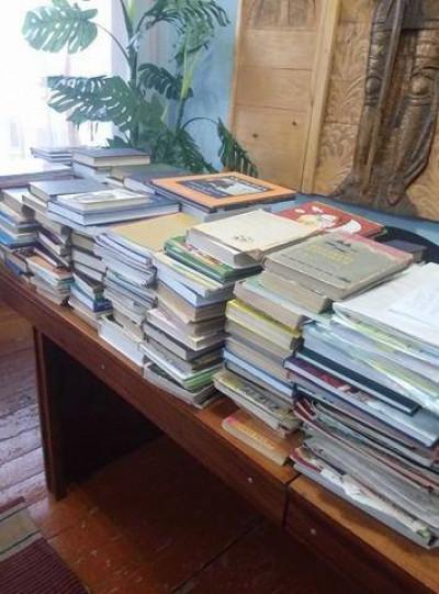 Зібрані книги для воїнів АТО
