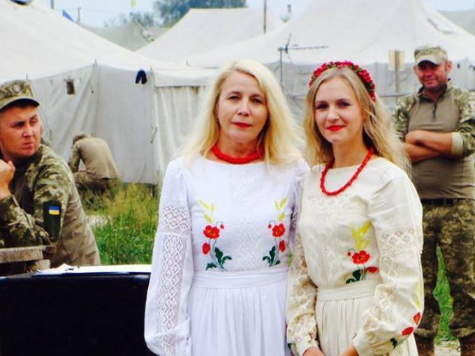 Світлана Панченко - ліворуч