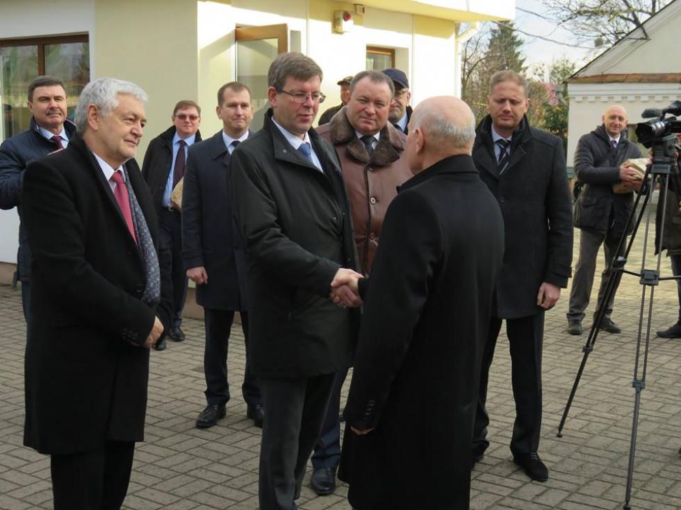 Ігор Пасічник зустрічає поважних гостей