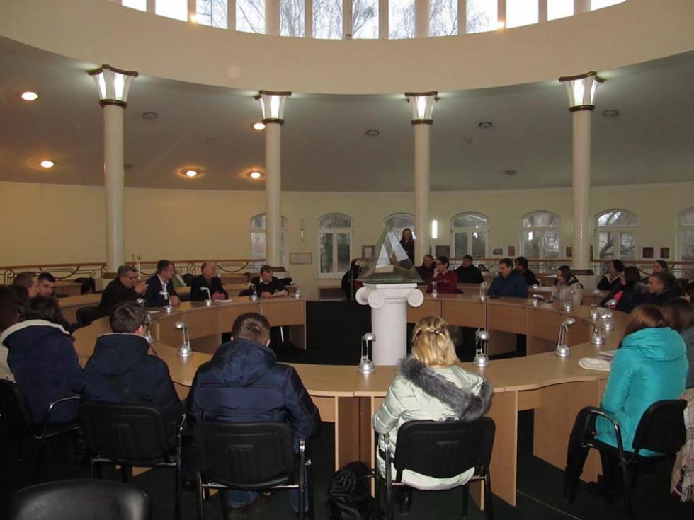 Презентація викликала значний інтерес у колег Віталія Петровича.
