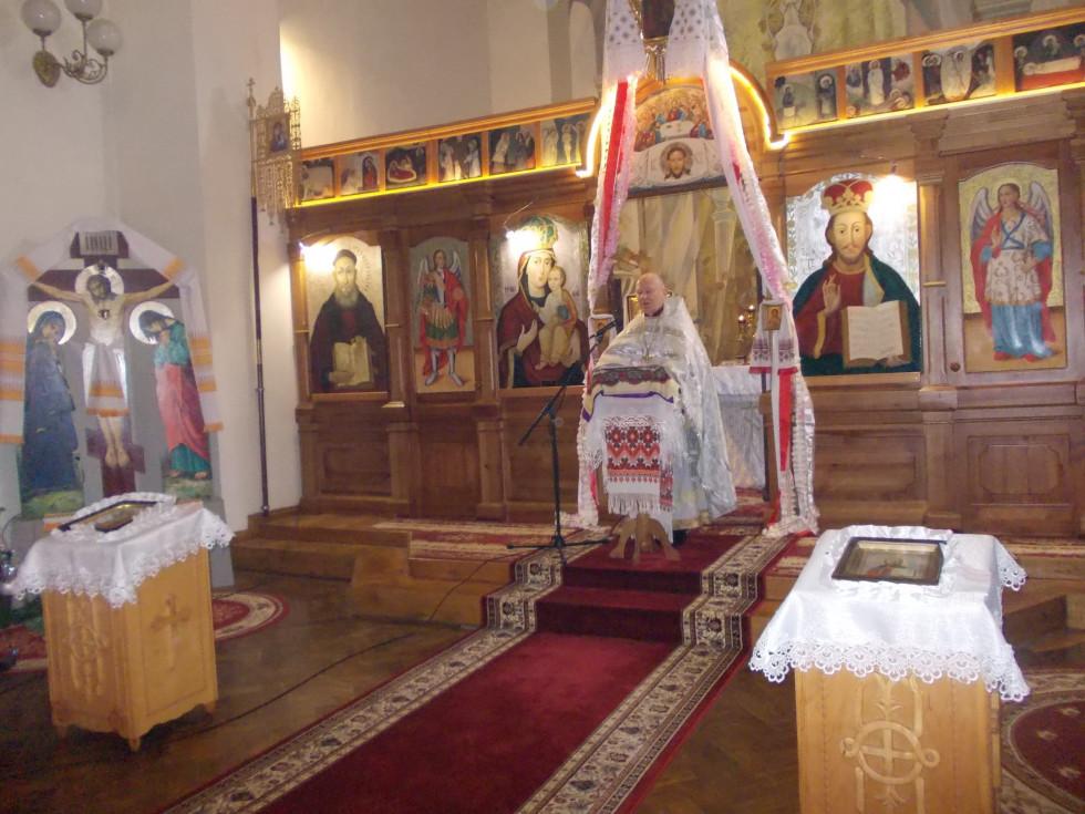 Під час богослужіння в  Студентсько-викладацькому храмі преп. Федора Острозького