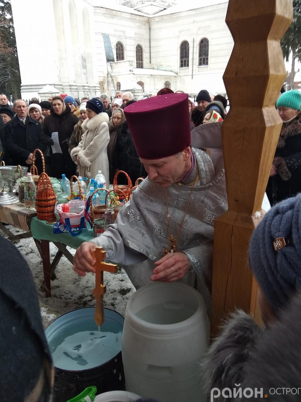 Освячення води в Свято-Миколаївській церкві