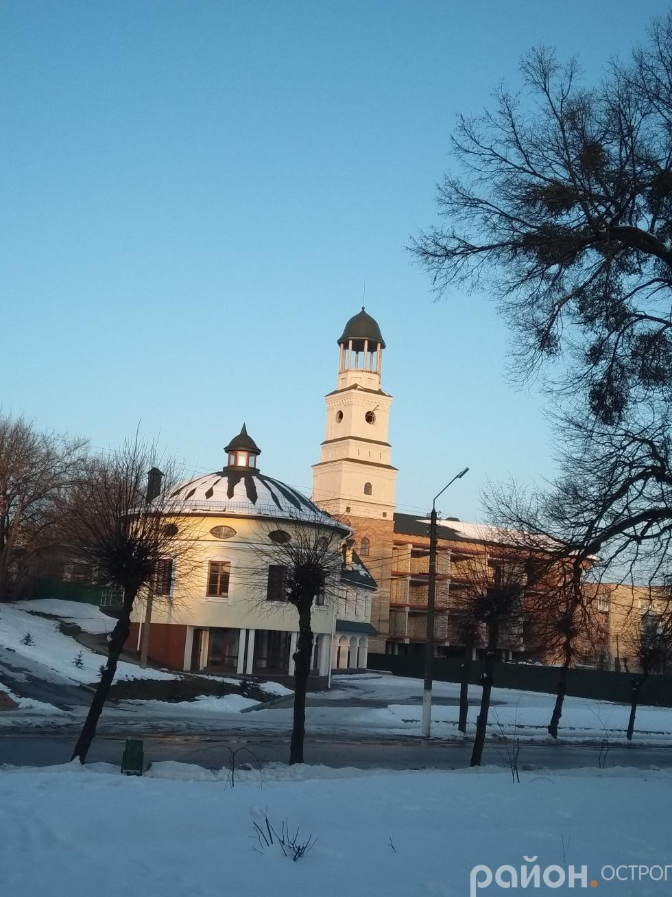 Новий корпус Острозької академії