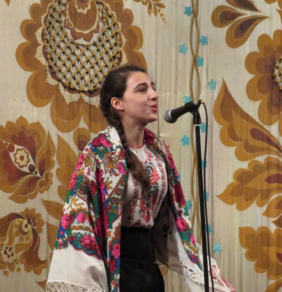 Лауреатка обласного конкурсу «Кобзарева струна не вмирає» Олена Шліхта