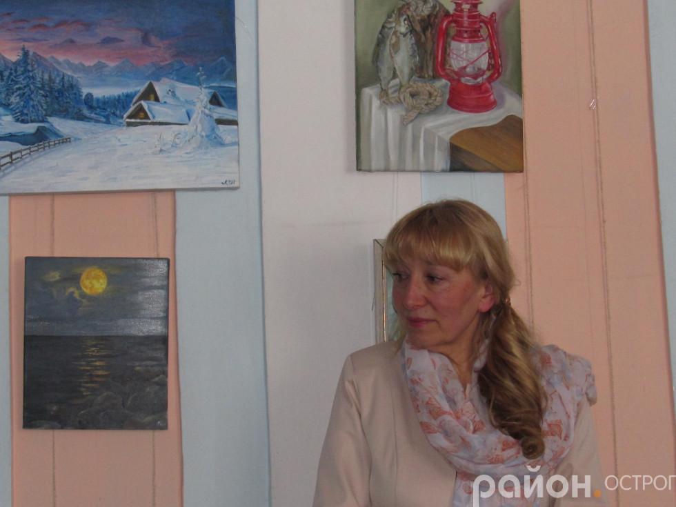Людмила Шевчук презентує свої роботи