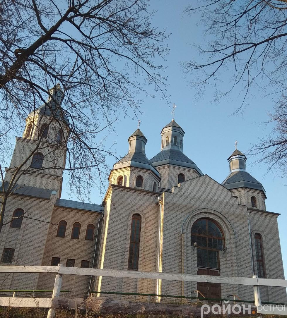 Місцевий храм Покрови Пресвятої Богородиці