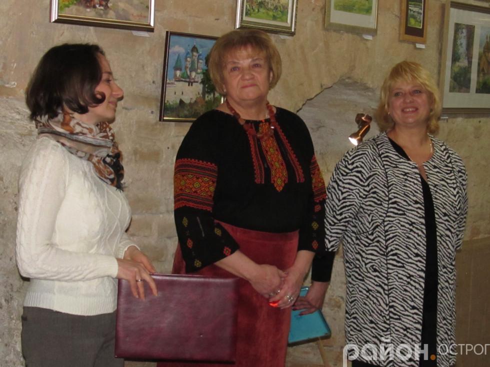 Анастасія Хеленюк,Олена Авраменко,Ольга Троїцька