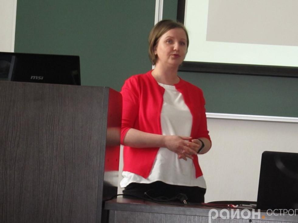 Викладачка Наталія Стратонова розповідала про спеціалізацію «Кіберкультура»