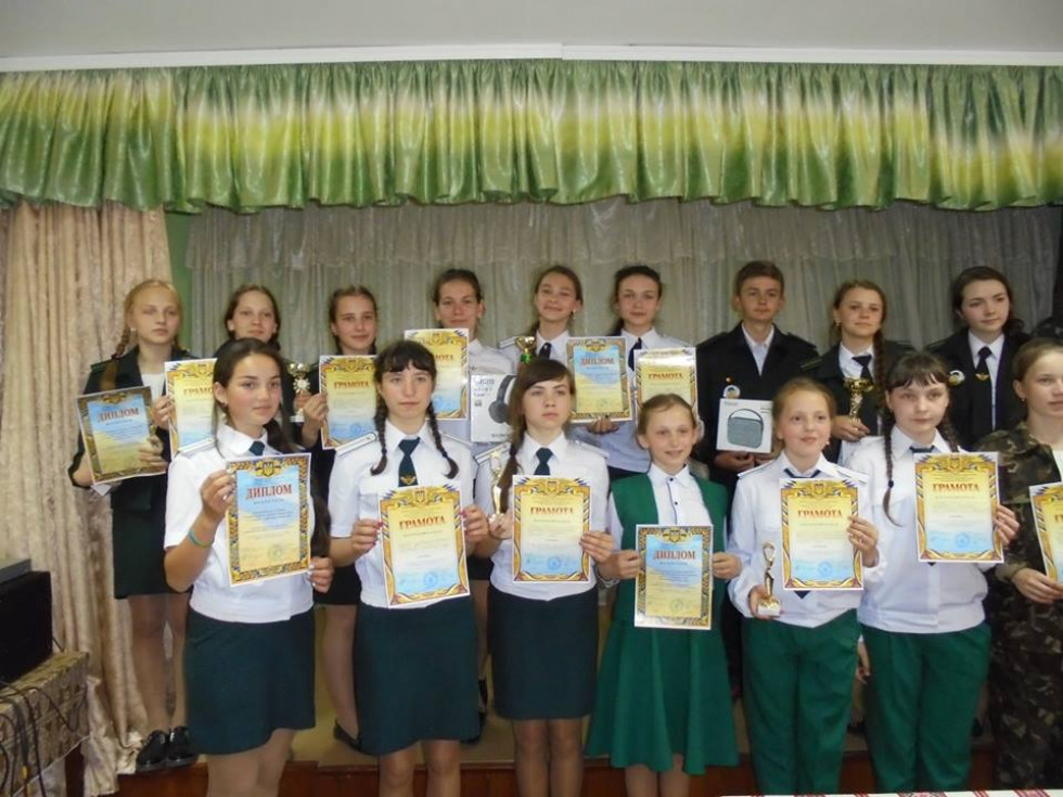 Команда Оженинського шкільного лісництва