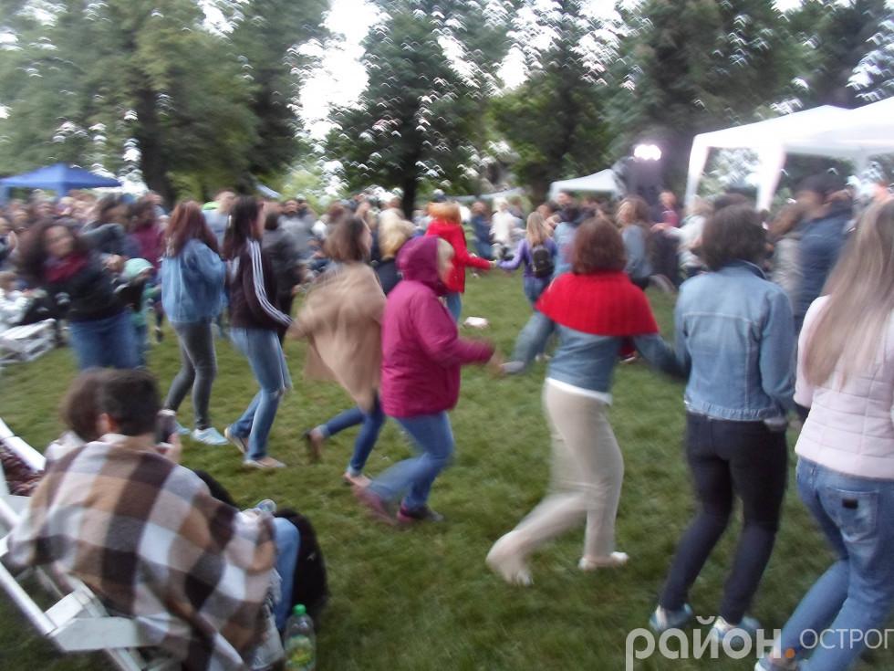 Запальні танці на фестивалі «Острог-Ренесанс»