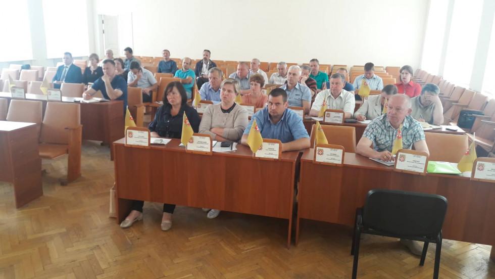 Обговорення створення ОТГ із центром в Острозі