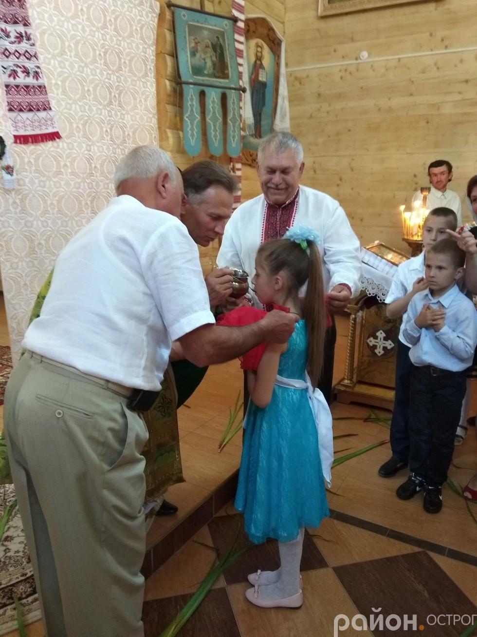 Під час служби в Свято-Миколаївському соборі Острога