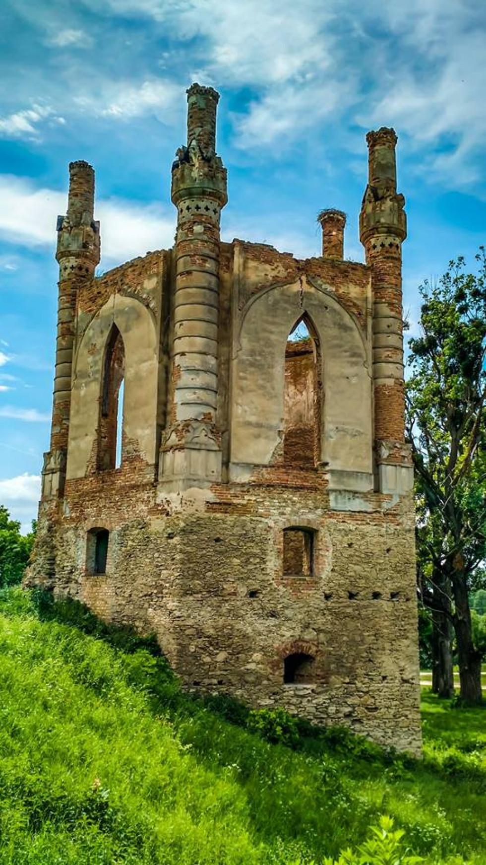 Каплиця замку