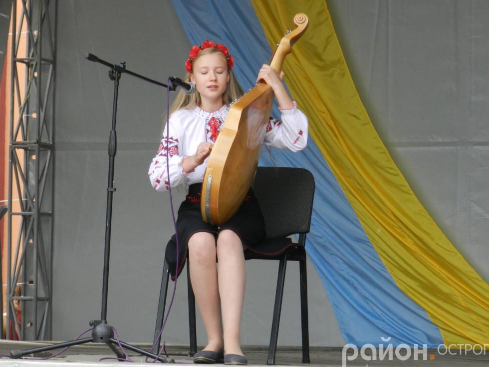 Музичний дарунок від Соломії Поліщук
