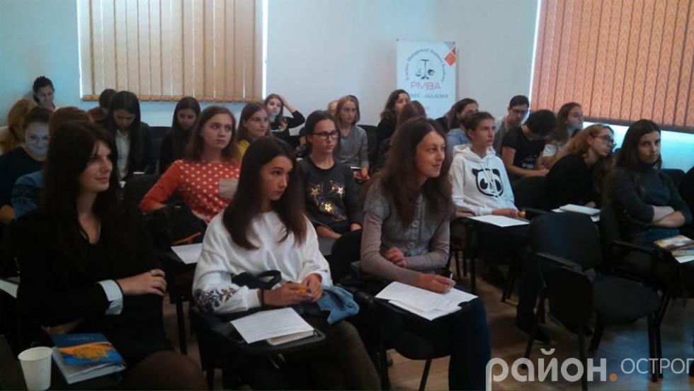 учасники Школи журналістики