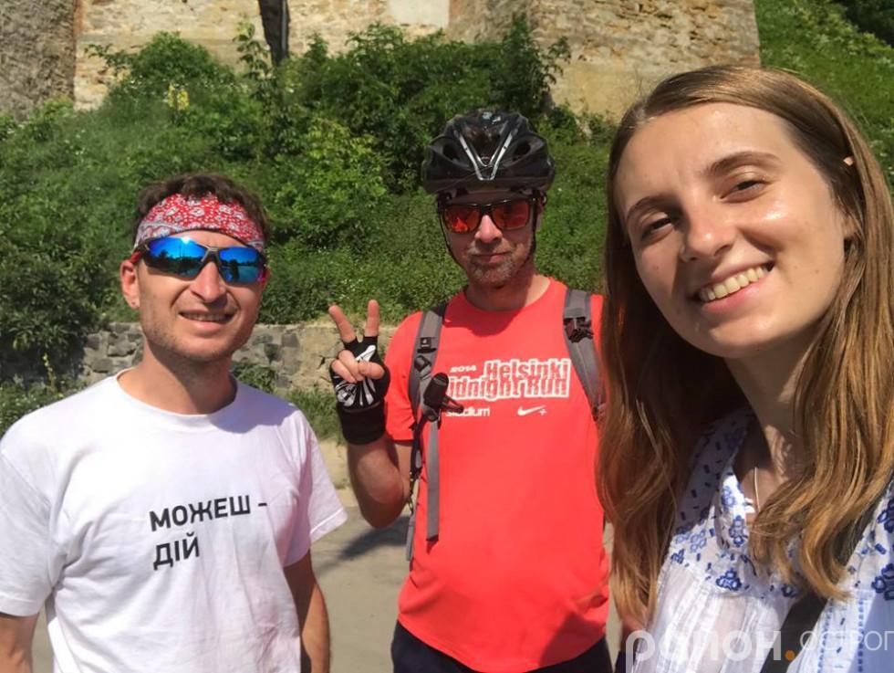 Велосипедисти разом із Анастасією Драчук відкривають для себе Острог