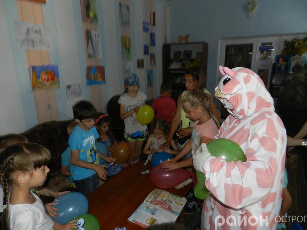 Корівка Миня завітала до юних читачів