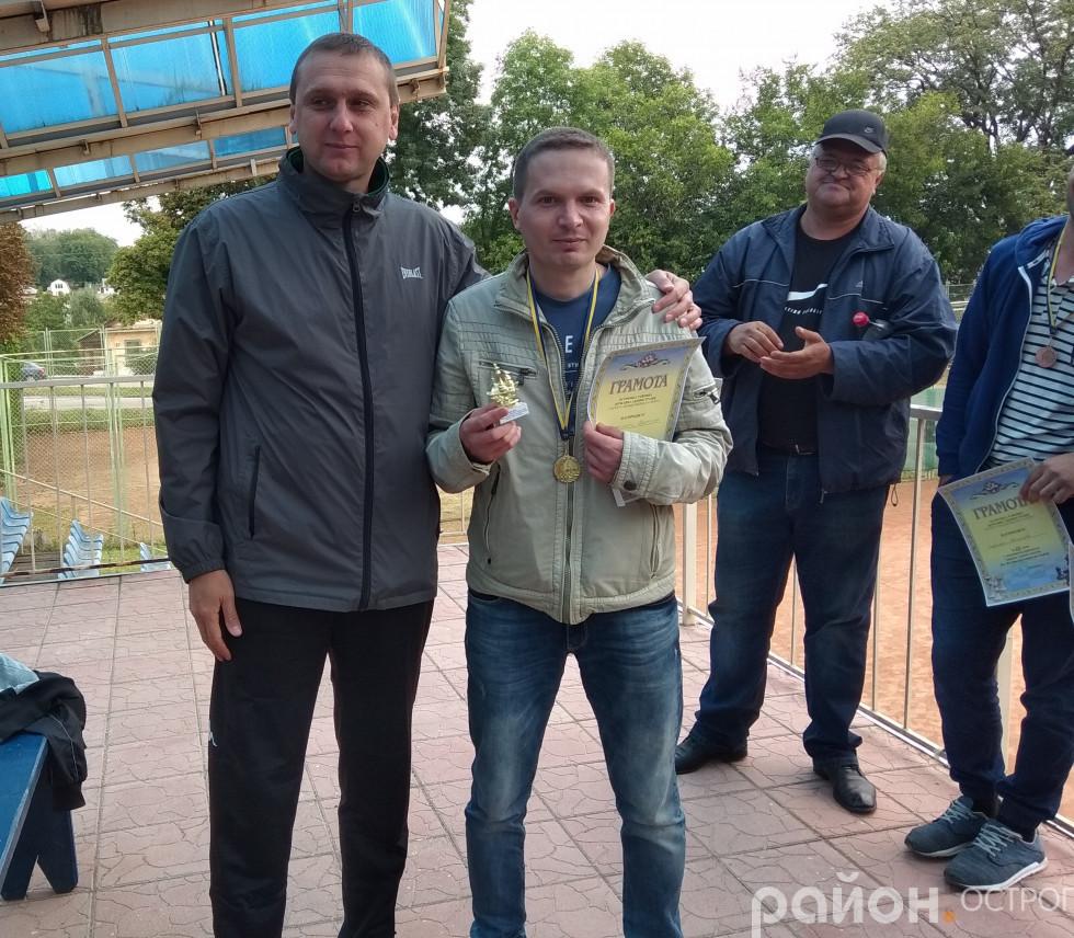 Дмитро Білюк та Валентин Шаранський - переможець шахового турніру