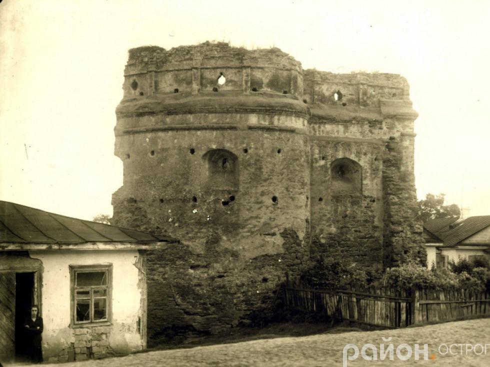 Татарська вежа в 20-30-х рр. ХХ століття