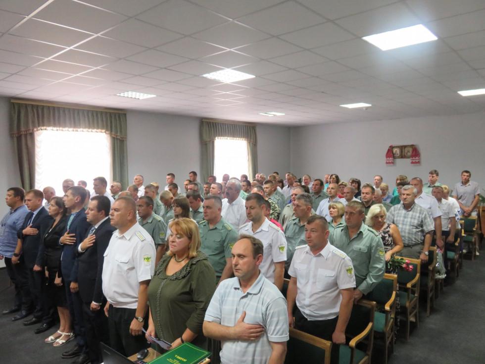 Працівники «Острозького лісгоспу» під час концерту з нагоди свята
