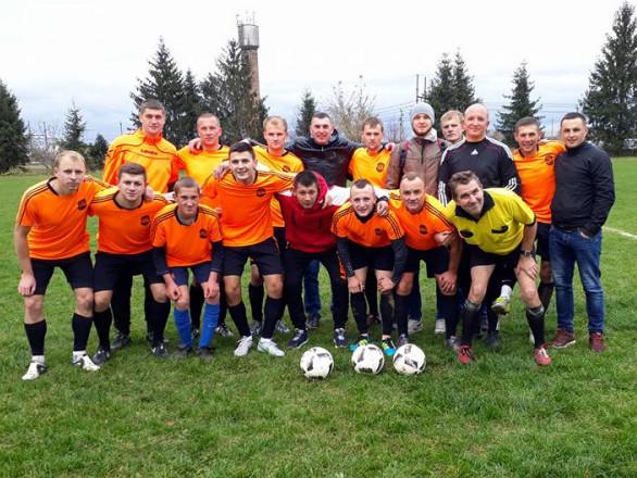 Суперник вельбівненців - футболісти ОТГ «Клевань-Оржів»