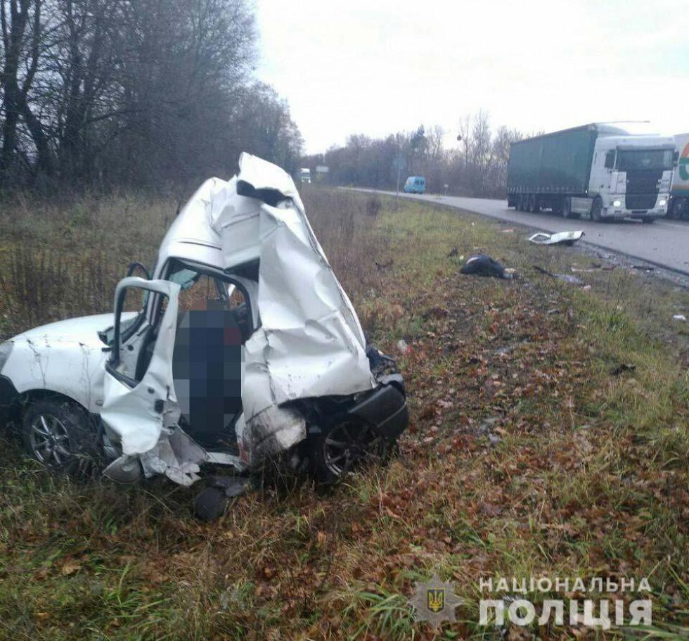 Фото з місця аварії, у якій постраждав Олег Жох