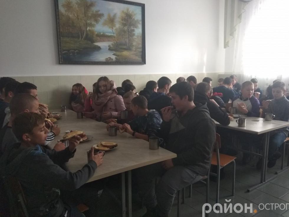 Майже солдатський обід