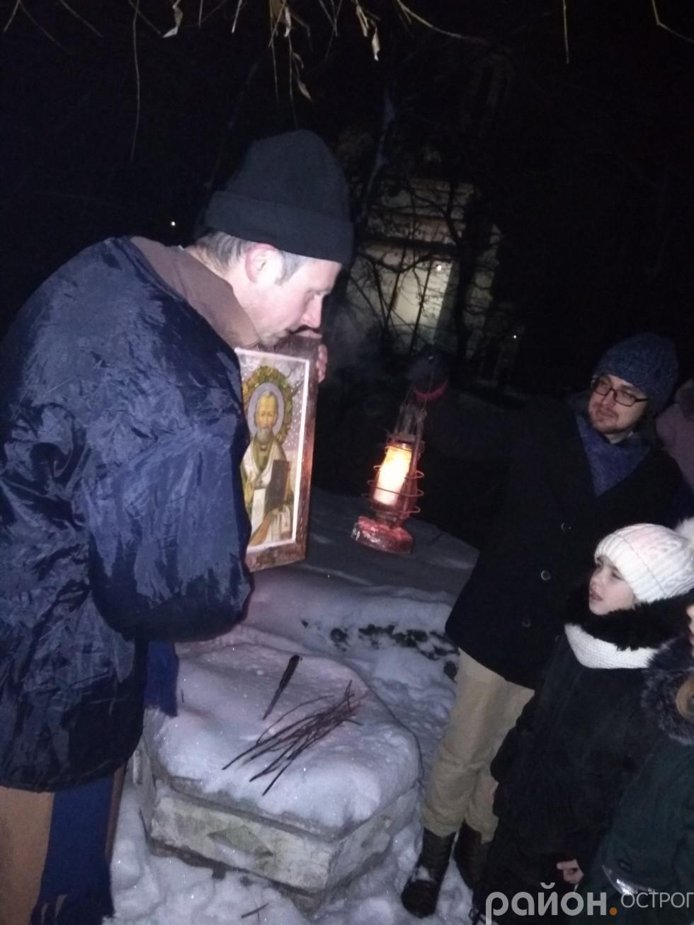 Наливайко передав для храму Ікону святого Миколи