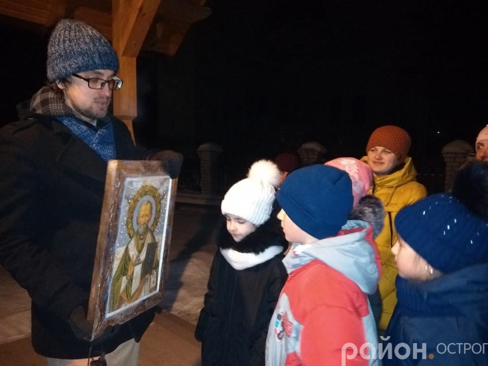 Андрій Брижук розповідає про ікону Миколая, написану в Острозі