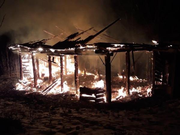 У Милятині внаслідок пожежі цілком згоріла господарча будівля