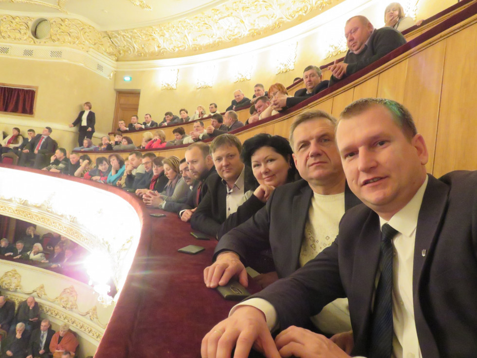 Делегація від Острожчини, яка побувала на зустрічі з Президентом