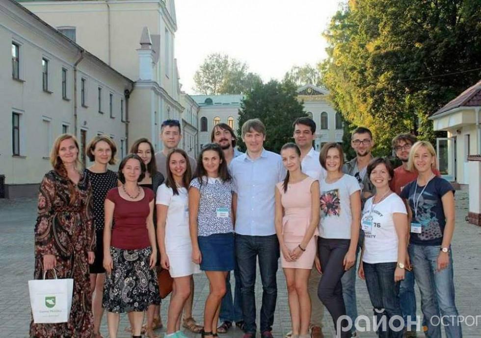 Учасники та організатори «Кузні лідерів»