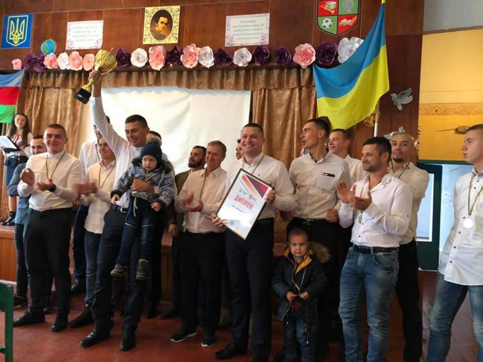Нагородження ФК «Вельбівно, чемпіона області