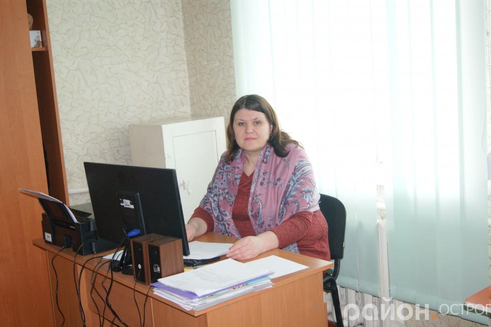 Директорка Олена Обуховська