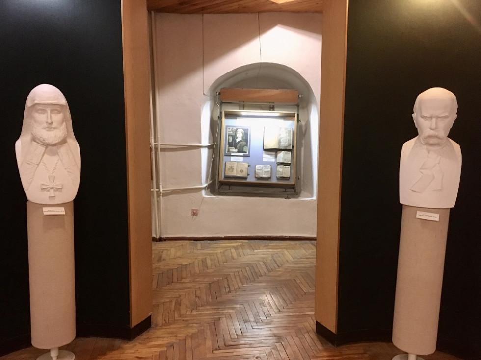 Скульптура Мелетія Смотрицького. Фото з архіву Миколи Бендюка